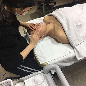 피부국가자격증 1과제 클렌징 수업사진